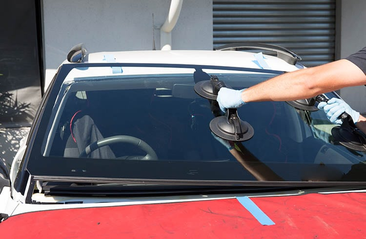 Auto Glass Replacement Lindsay